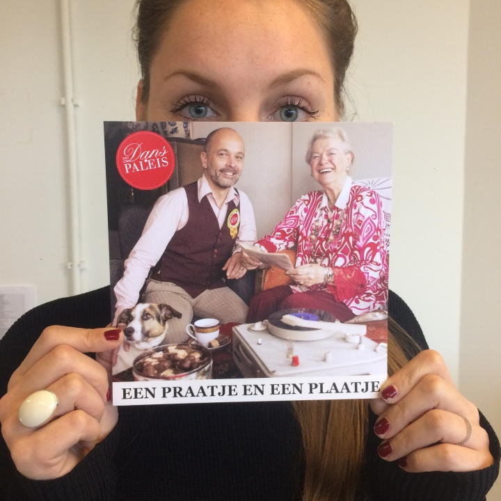 foto fred met flyer